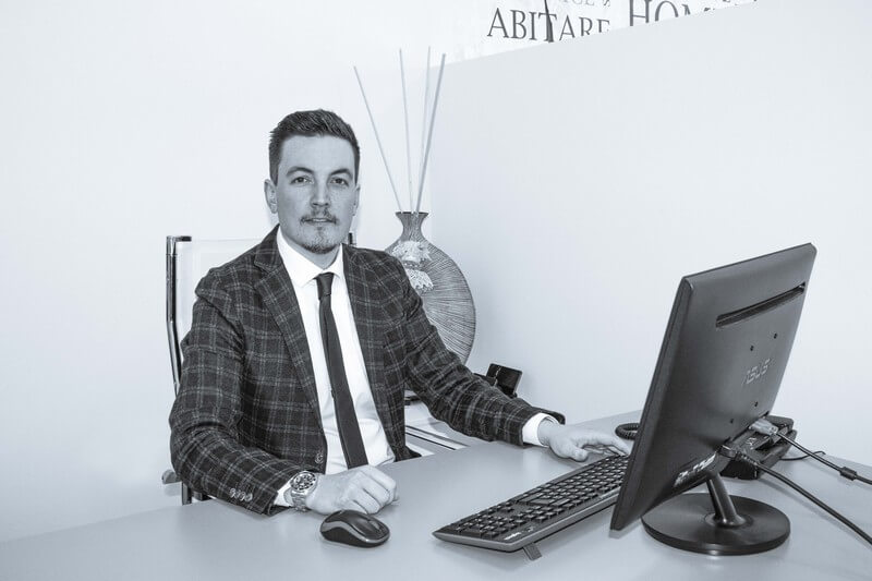 Dott. Luca Bellamoli Office Manager